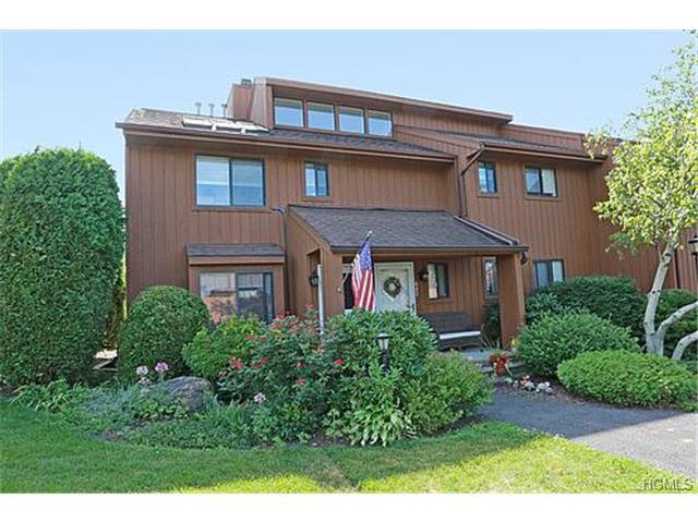 Rental Homes for Rent, ListingId:30355117, location: 642 Panorama Drive Mohegan Lake 10547