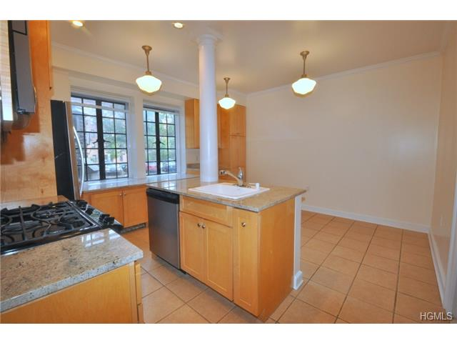 Rental Homes for Rent, ListingId:30406143, location: 155 Garth Road Scarsdale 10583