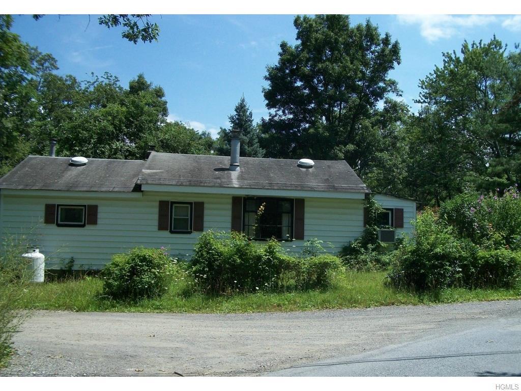 4 Orange Rd, Florida, NY 10921