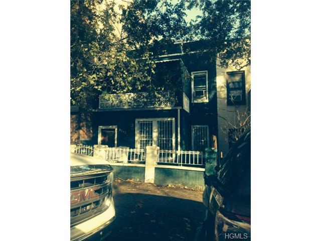 1242 Manor Ave, New York, NY 10472