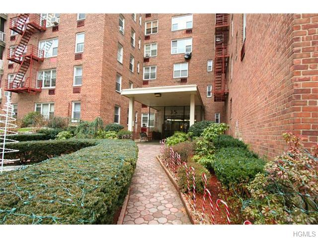 Rental Homes for Rent, ListingId:30833308, location: 35 East Hartsdale Avenue Hartsdale 10530