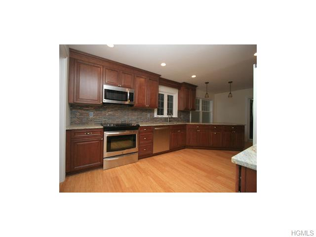 Rental Homes for Rent, ListingId:30812915, location: 330 West Street White Plains 10605