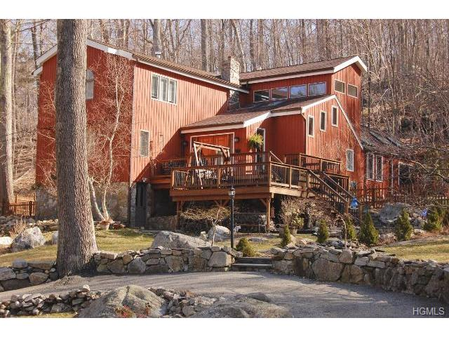Rental Homes for Rent, ListingId:30881820, location: 26 Trail Of The Hemlocks Putnam Valley 10579