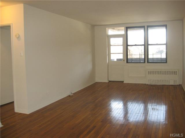 Rental Homes for Rent, ListingId:30965510, location: 201 Ravine Avenue Yonkers 10701