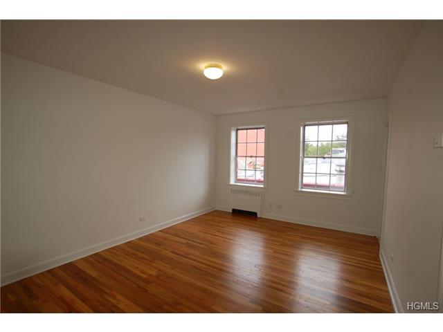 Rental Homes for Rent, ListingId:31094770, location: 633 Old Post Road Bedford 10506