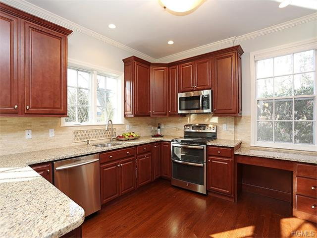 Rental Homes for Rent, ListingId:31150075, location: 9 The Serpentine New Rochelle 10801