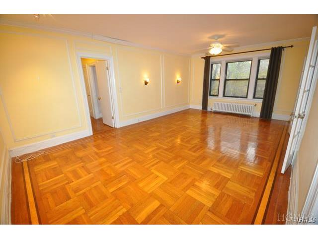 Rental Homes for Rent, ListingId:31197194, location: 127 Garth Road Scarsdale 10583