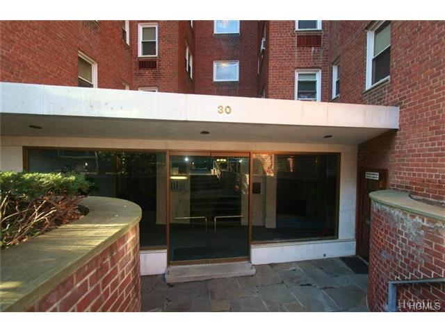 Rental Homes for Rent, ListingId:31340762, location: 30 East Hartsdale Avenue Hartsdale 10530