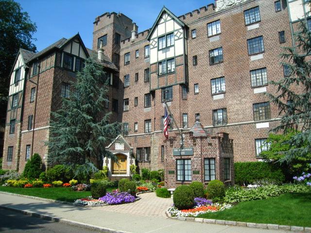 Rental Homes for Rent, ListingId:31394055, location: 155 Garth Road Scarsdale 10583