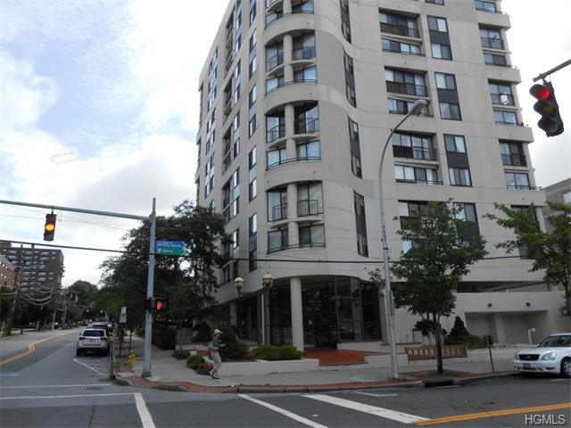 Rental Homes for Rent, ListingId:31372580, location: 10 Cottage Place White Plains 10601