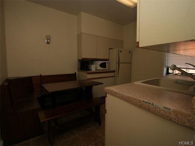 Rental Homes for Rent, ListingId:31445452, location: 324B Larchmont Acres West Larchmont 10538