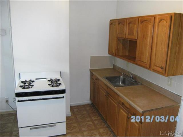 Rental Homes for Rent, ListingId:31875947, location: 139 Beech Street Yonkers 10701