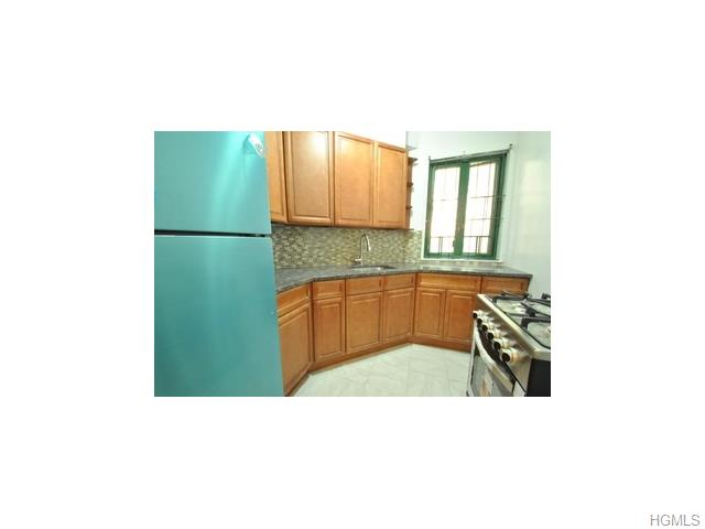 Rental Homes for Rent, ListingId:31603512, location: 1641 Metropolitan Avenue Bronx 10462