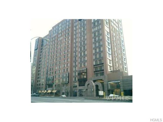 Rental Homes for Rent, ListingId:31901046, location: 4 Martine Avenue White Plains 10606