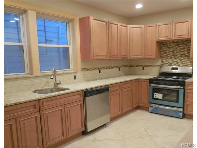 Rental Homes for Rent, ListingId:31970591, location: 24 Woodbury Street New Rochelle 10805