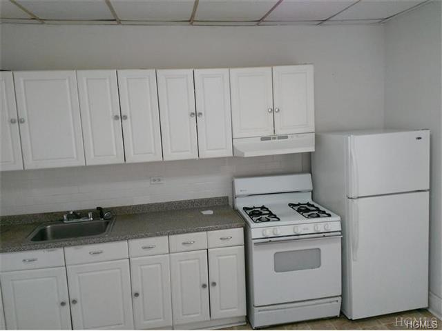 Rental Homes for Rent, ListingId:32036463, location: 222 Buena Vista Avenue Yonkers 10701