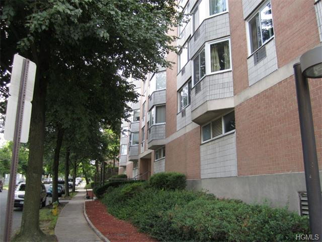 Rental Homes for Rent, ListingId:32048625, location: 14 Nosband Avenue White Plains 10605