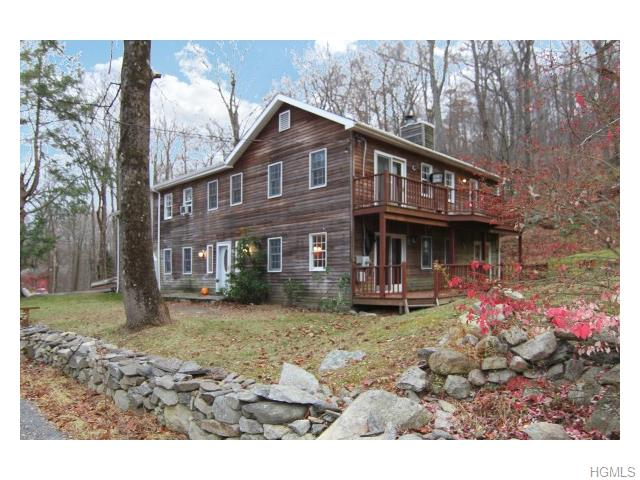 Photo of 77   Crossroad Court  Stormville  NY