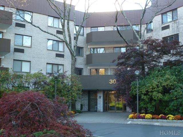 Rental Homes for Rent, ListingId:32390604, location: 30 Greenridge Avenue White Plains 10605