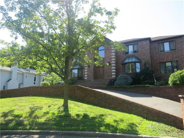 Real Estate for Sale, ListingId: 36412528, Valley Cottage,NY10989
