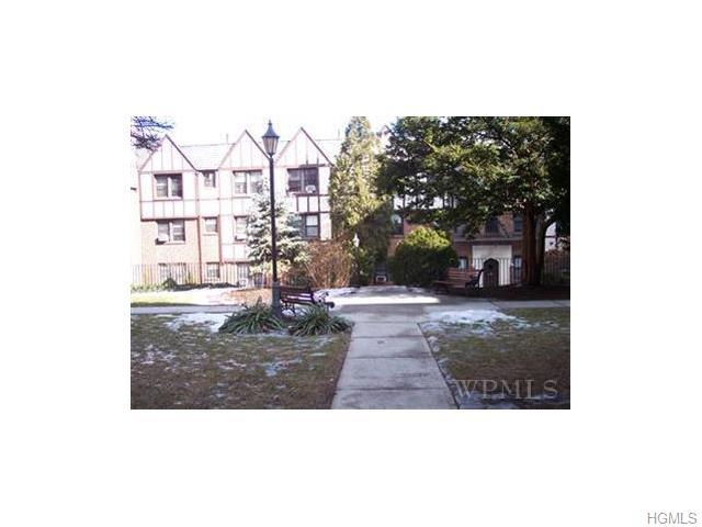 Rental Homes for Rent, ListingId:32588998, location: 7 Greenridge Avenue White Plains 10601
