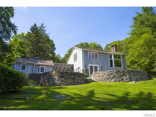 Rental Homes for Rent, ListingId:33997805, location: 94 Honey Hollow Road Pound Ridge 10576