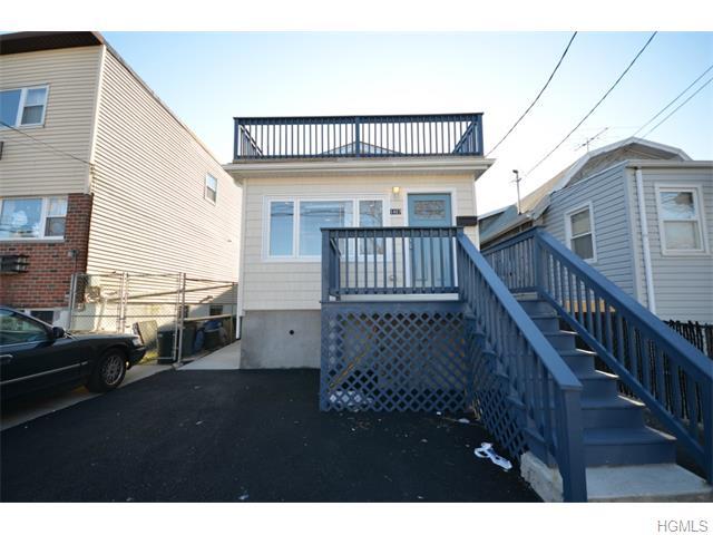 1457 Shore Dr, New York, NY 10465