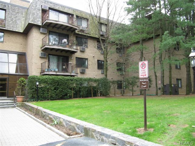 Rental Homes for Rent, ListingId:32990833, location: 500 Central Park Avenue Scarsdale 10583