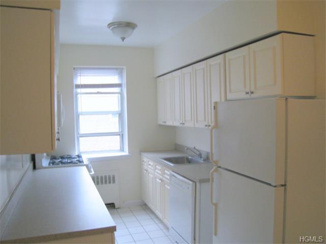Rental Homes for Rent, ListingId:32746350, location: 4782 Boston Post Road Pelham 10803