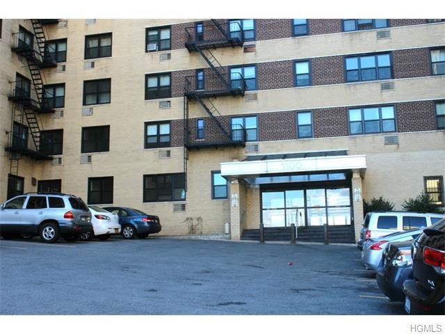 Rental Homes for Rent, ListingId:32769065, location: 1100 Warburton Avenue Yonkers 10701