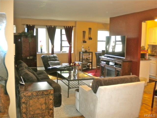 Rental Homes for Rent, ListingId:32804115, location: 505 Central Park Avenue White Plains 10606