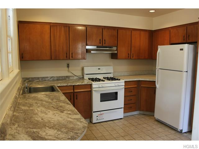 Rental Homes for Rent, ListingId:32928536, location: 504 Ashford Avenue Ardsley 10502