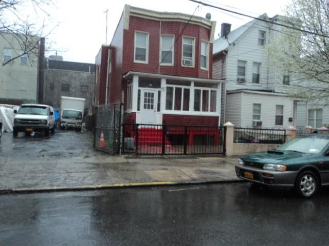 1611 Van Buren St, Bronx, NY 10460