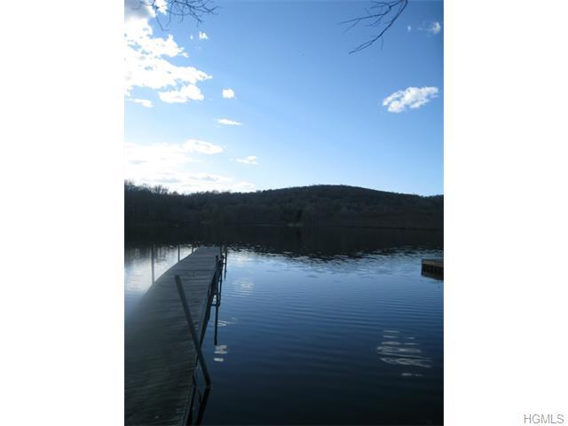 Real Estate for Sale, ListingId: 33959154, Putnam Valley,NY10579