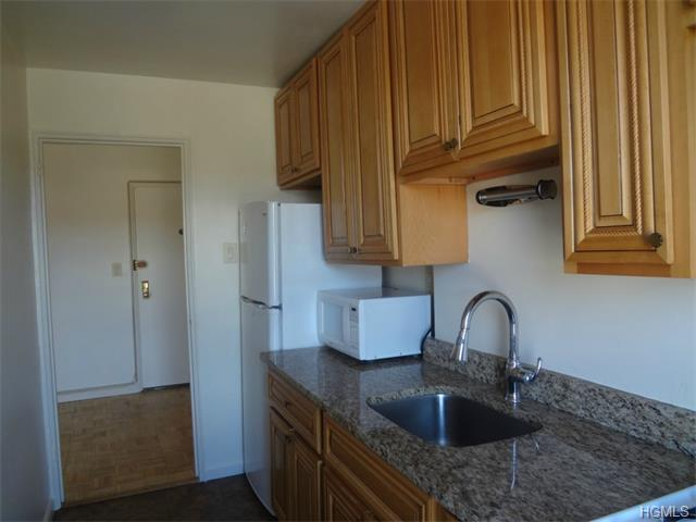 Rental Homes for Rent, ListingId:33113389, location: 650 Warburton Avenue Yonkers 10701