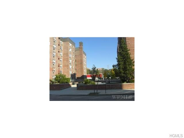 Rental Homes for Rent, ListingId:33173892, location: 5 Sadore Lane Yonkers 10710