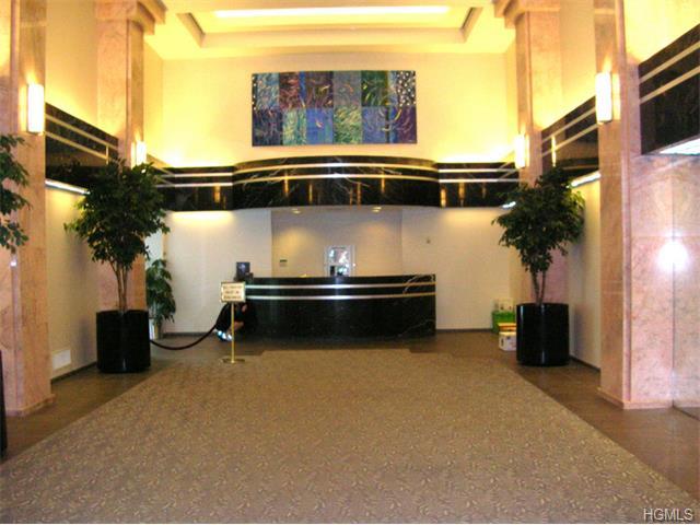 Rental Homes for Rent, ListingId:33173906, location: 4 Martine Avenue White Plains 10606