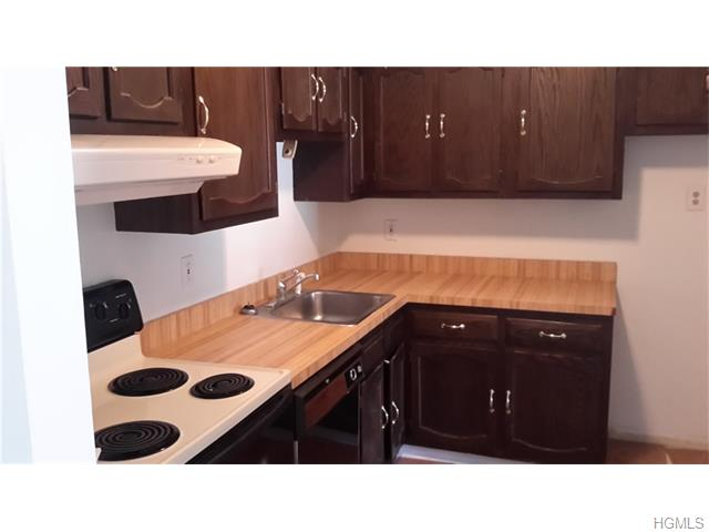 Rental Homes for Rent, ListingId:33173762, location: 70 patterson village Patterson 12563