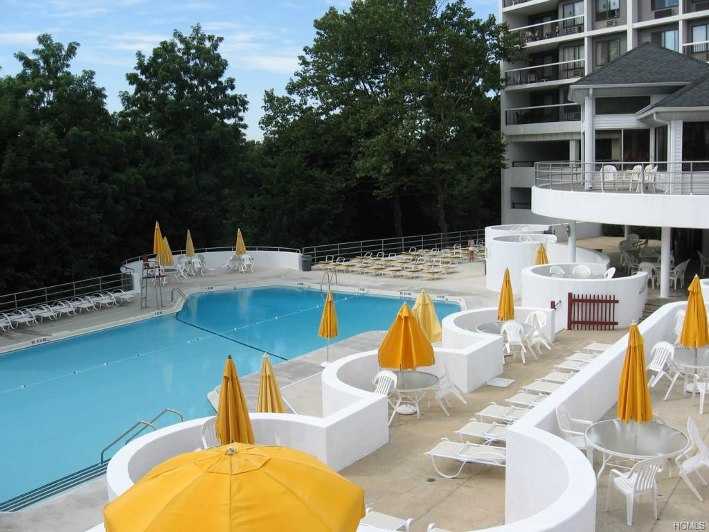Rental Homes for Rent, ListingId:35912413, location: 300 High Point Drive Hartsdale 10530