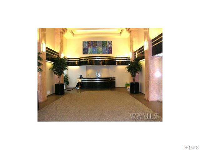 Rental Homes for Rent, ListingId:33258059, location: 4 Martine Avenue White Plains 10606