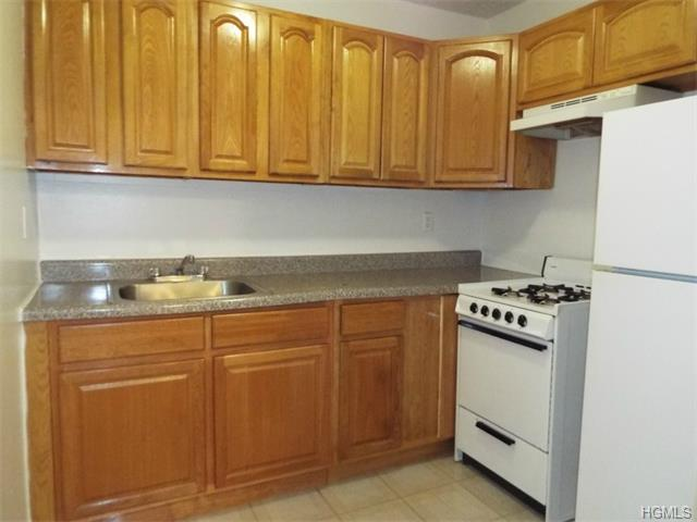 Rental Homes for Rent, ListingId:33258058, location: 687 Bronx River Road Yonkers 10704