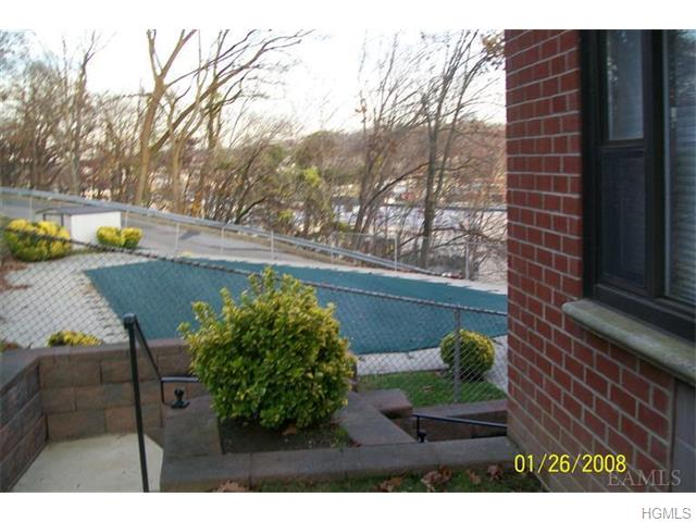 Rental Homes for Rent, ListingId:33338900, location: 30 Fieldstone Drive Hartsdale 10530