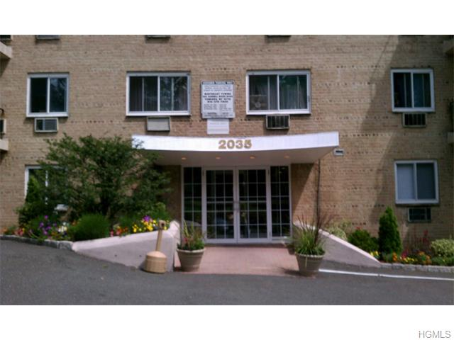 Rental Homes for Rent, ListingId:33414060, location: 2035 Central Park Avenue Yonkers 10710