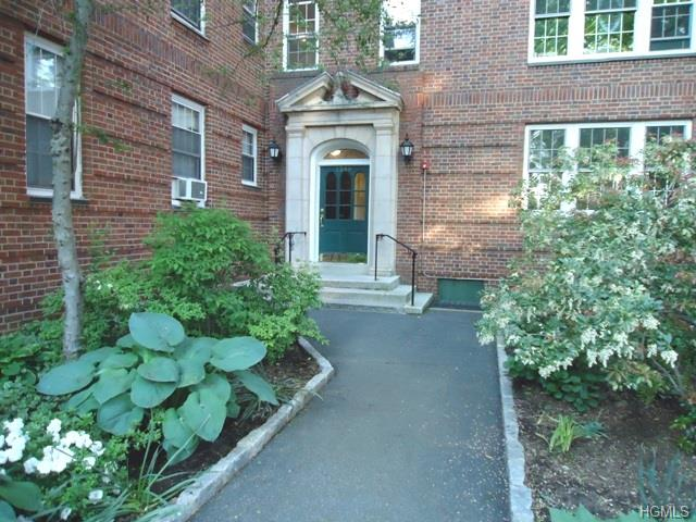 Rental Homes for Rent, ListingId:33456316, location: 1346 Midland Avenue Bronxville 10708