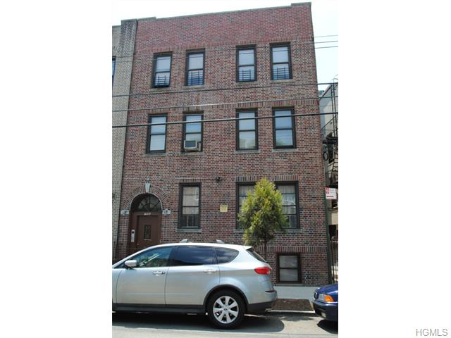 Rental Homes for Rent, ListingId:33501030, location: 756 South Oak Drive Bronx 10467