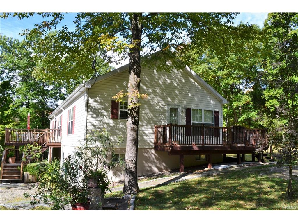 366 Hill Top Rd, Pine Plains, NY 12567