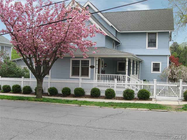 Rental Homes for Rent, ListingId:33555146, location: 21 Cherry Avenue Larchmont 10538