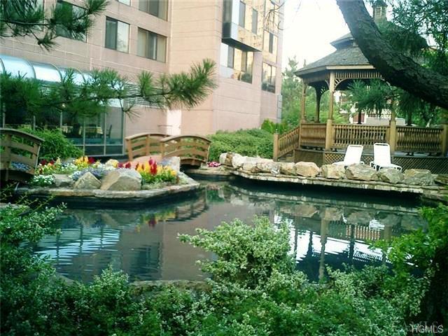 Rental Homes for Rent, ListingId:33610317, location: 4 Martine Avenue White Plains 10606