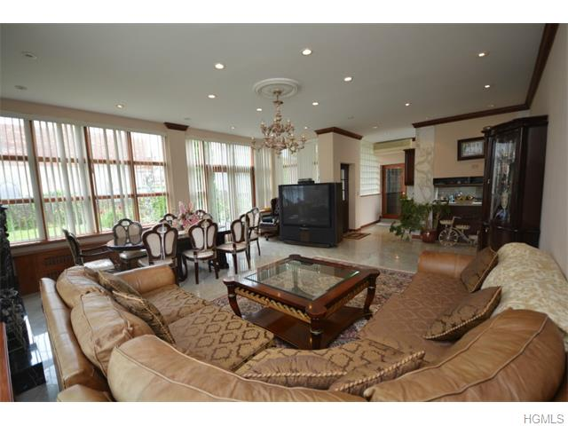 Real Estate for Sale, ListingId: 33735987, Bronx,NY10461