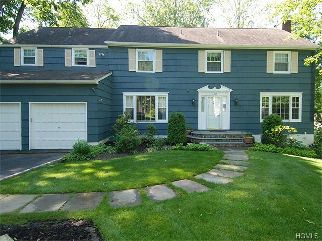 Rental Homes for Rent, ListingId:34036955, location: 1360 Colonial Court Mamaroneck 10543